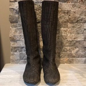 Shoes - Eileen Turner Leopard Boots (Size 6)